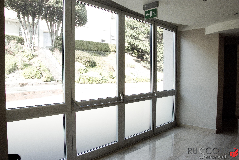 Finestra in alluminio resistente leggera e moderna - Finestra in alluminio prezzi ...